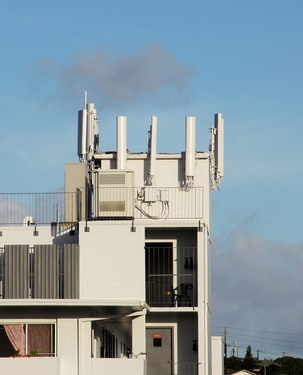 Immediate Cash Buyouts for Rooftop Cell Towers
